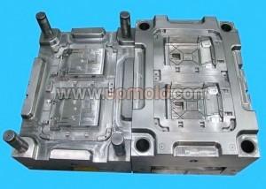 automotive-plastic-molding-tooling