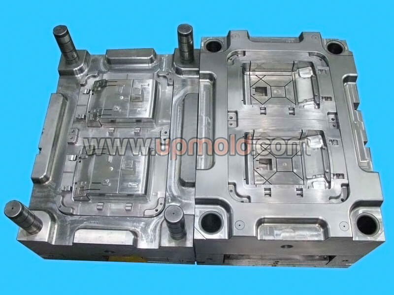 automotive-plastic-molding-tooling